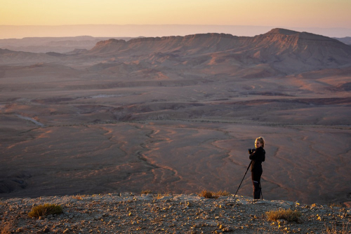My group in a photography workshop at Ramon crater in Israel - Tomer Razabi Photography