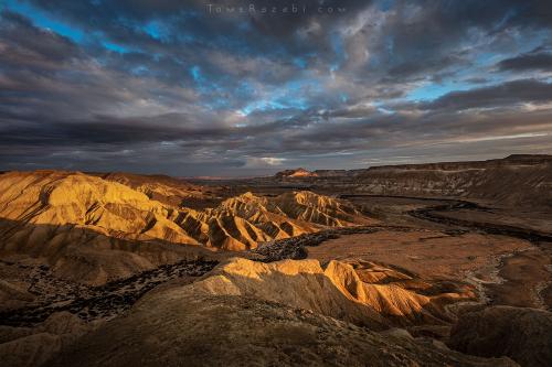 צילום נוף שקיעה בנחל צין מדרשת שדה בוקר - תומר רצאבי