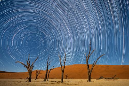 שבילי כוכבים בשמורת דדווליי בנמיביה קורס צילום נוף - תומר רצאבי